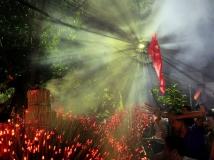 家乡的传统节--------舞火龙